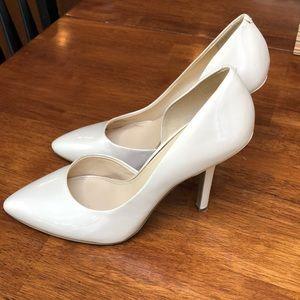 2 1/2 inch nude heels